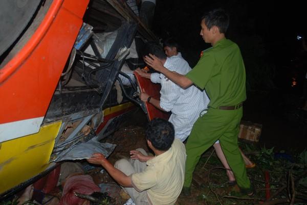 Vietnam: 36 morts dans un accident d'autocar