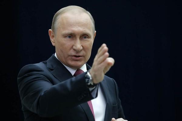 Putin orders U.S. to cut 755 diplomatic employees in Russia