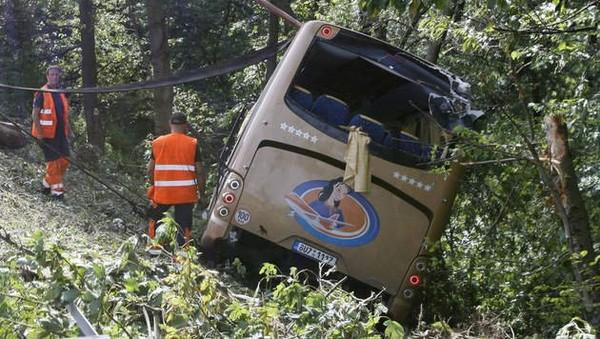 Un mort dans un accident de car à Cerexhe-Heuseux