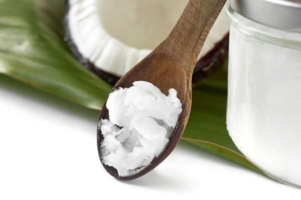 L'huile de coco vivement critiquée par une organisation importante de la santé