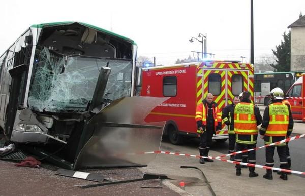 Un problème de frein à l'origine de l'accident de bus