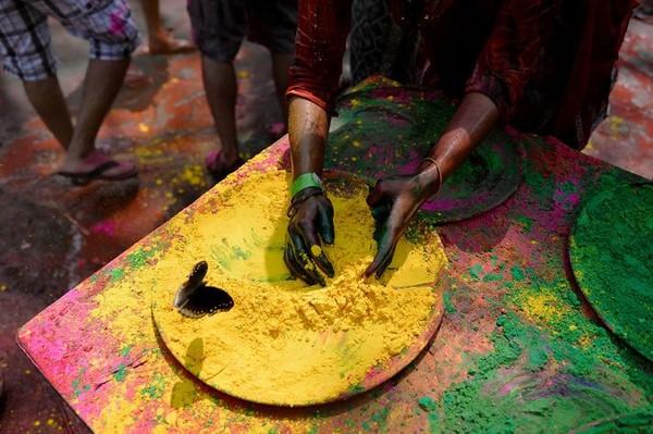 L'Inde toute en couleurs pour Holi