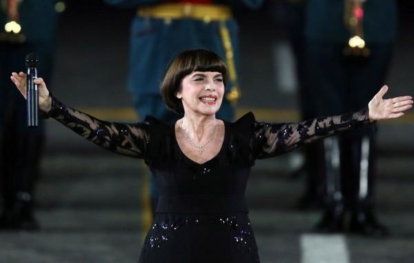Мирей Матье планирует в 2019 году дать концерт в Кремле