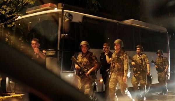 """""""Tentative de coup d'Etat"""" en Turquie, selon des télévisions"""