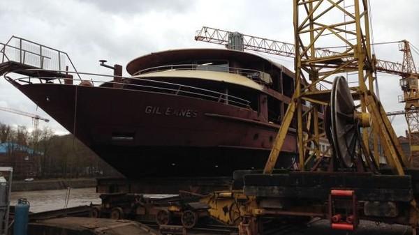 Le chantier naval de Beez dévoile son dernier navire de croisière - RTBF Regions