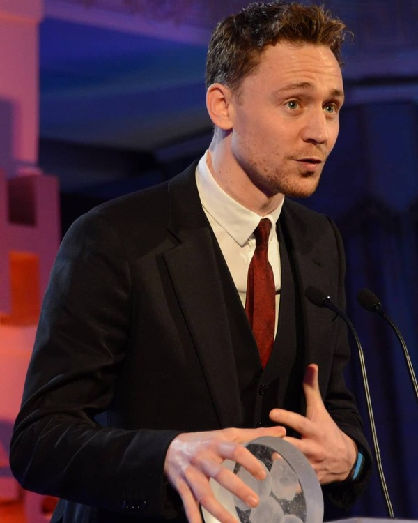 """PTW Hiddleston on Instagram: """"I read the fact that Tom has his South Bank Sky Arts award on his kitchen table because that's where he works and when Tom reads the…"""""""