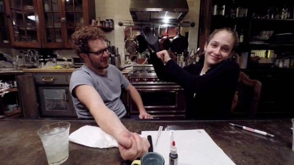 Jemima Kirke from 'Girls' Gives a DIY Tattoo (Don't Try This) | Yahoo DIY - Yahoo Screen