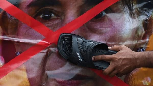 The tragic silence of former world peace 'icon' Aung San Suu Kyi
