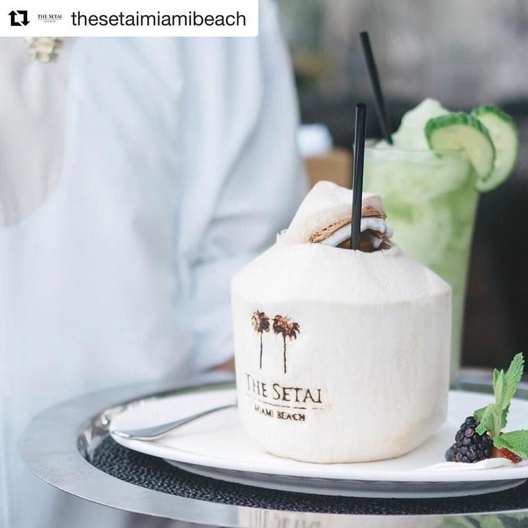 Instagram post by Coconut Stock • Apr 20, 2017 at 11:44pm UTC