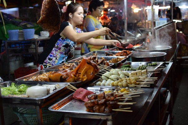 Top night markets to visit in Myanmar you should know