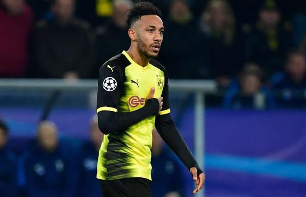 Pierre Emerick Aubameyang Resmi Gabung Arsenal