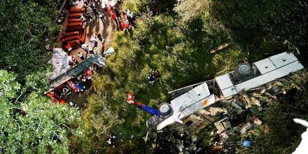 Italie: au moins 36 morts dans l'accident d'un autocar de pèlerins