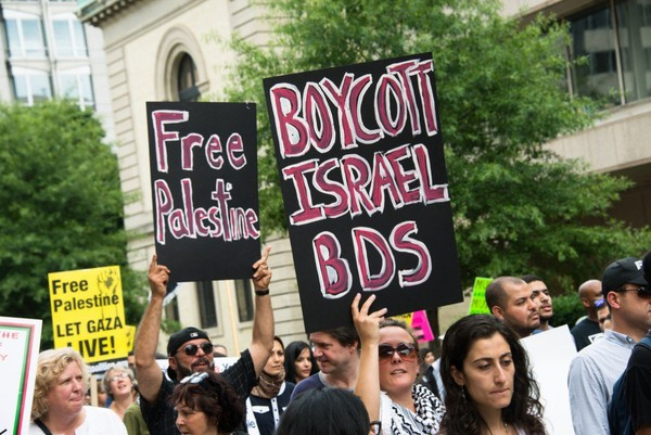 PLO endorses BDS, makes unprecedented call for sanctions