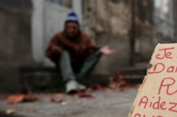 Cliquez ici pour soutenir la campagne Famille en detresse : bientot sdf organisée par frederic clement