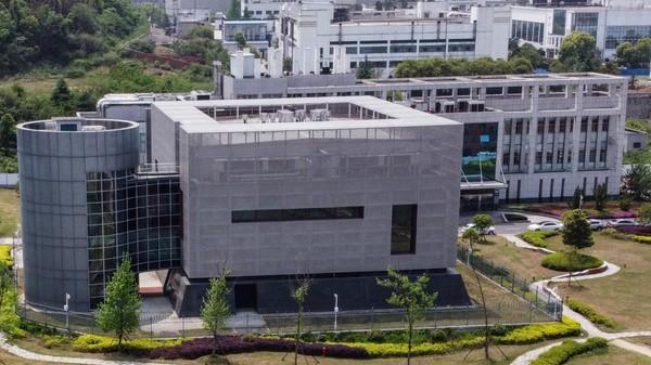 Covid-19 : enquête sur le P4 de Wuhan, ce laboratoire en partie financé par la France où a été identifié le virus