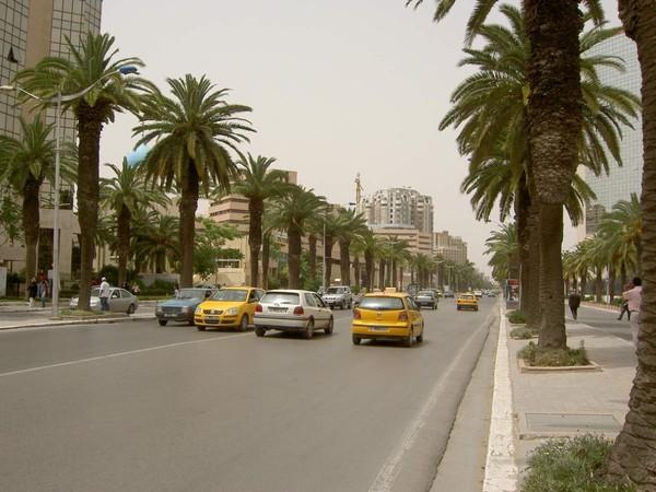 Un attentat terroriste vient de frapper Tunis et aurait fait plusieurs victimes - LNO