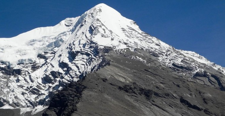 Pisang Peak Climbing