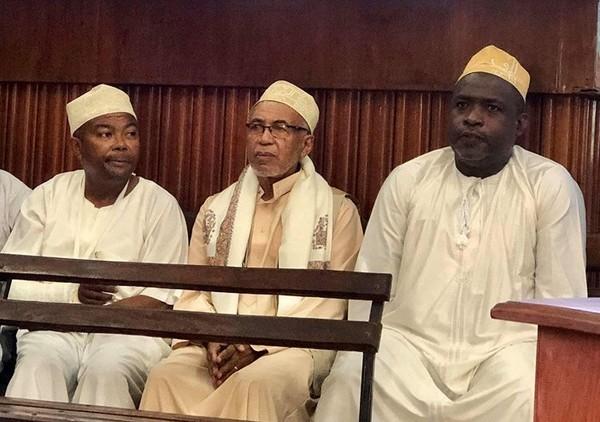 Douze mois d'emprisonnement dont 20 jours fermes pour Moustoifa Saïd Cheikh, Wadaane et Razida | Comores Infos