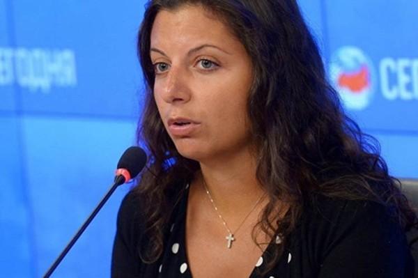 Directora de RT critica censura de Macron a RT ySputnik