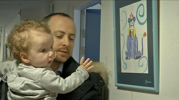 Marche des Lumières: Maxence, 14 mois, atteinte d'un cancer des reins