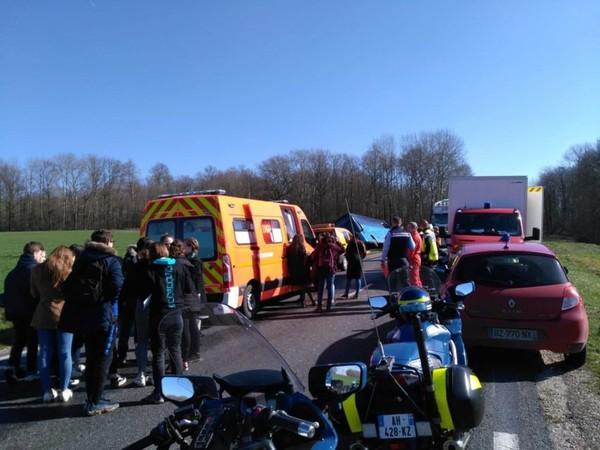 Accident de car scolaire à Jouy-le-Châtel : le témoignage des élèves