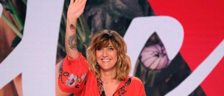 Daphné Bürki en route pour animer les Victoires de la Musique 2018