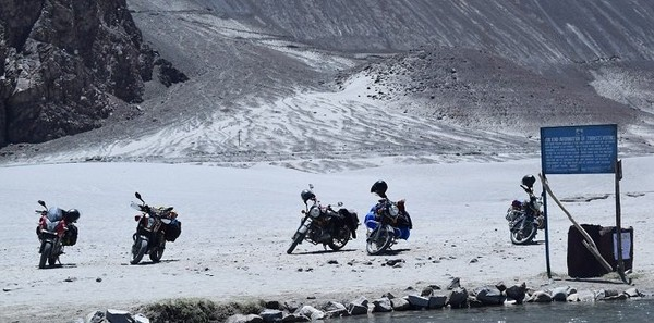 Leh Ladakh Motorcycle Expedition Tours   Leh Motor Bike Expedition Tours