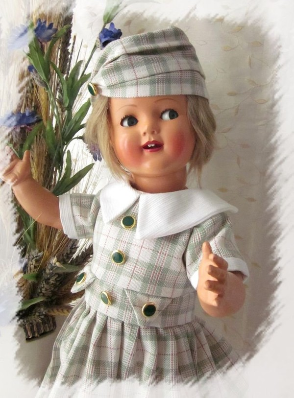 Magnifique robe + chapeau pour poupée ancienne Raynal, Celluloid, Snf, Bella