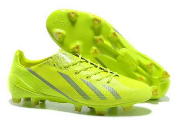 Fotbollsskor Adidas F50   Billige Fotballsko e24f34f703896