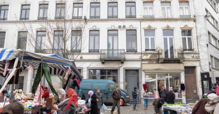 Le ministre de l'Intérieur Jan Jambon veut contrôler chaque adresse à Molenbeek
