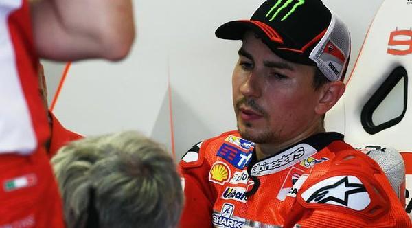 Rossi Biang Keladi di Balik Kegagalan Lorenzo? | Berita Olahraga Terkini
