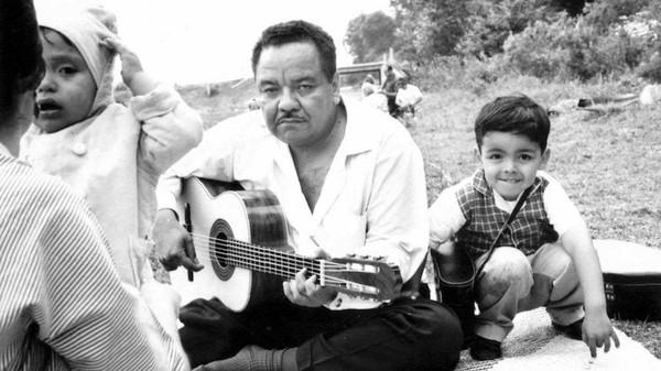 Hommage au Maestro de la chanson picaresque mexicaine : Álvaro Carrillo  - LNO