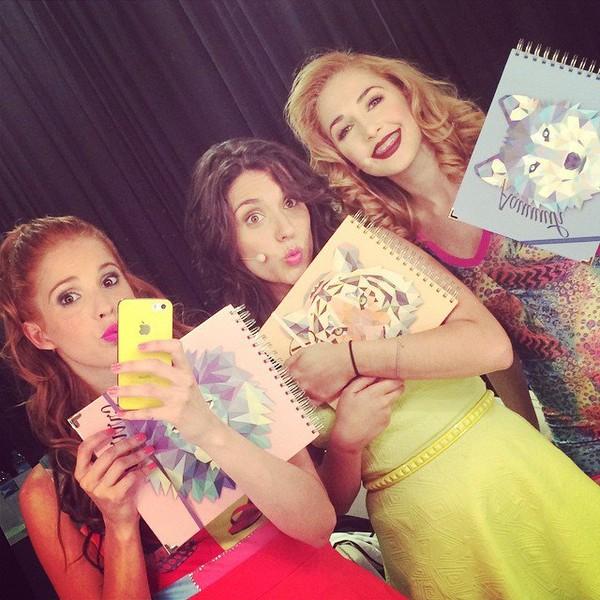 """Cande Molfese on Instagram: """"Listas para escribir esta gira en estos lindos cuadernos ! Gracias @thegraphicmarket"""""""