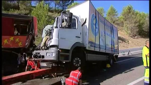 Un mort dans un accident sur l'A8 à Saint Maximin