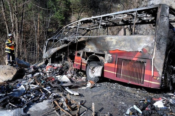 Alpe d'Huez: un mort dans l'accident d'un car britannique
