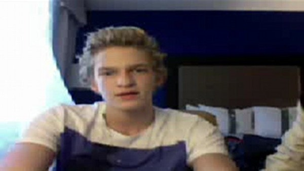 Cody Simpson fan chat