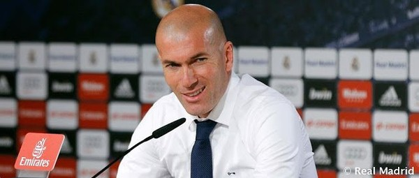 "Real Madrid: Zidane : ""Cristiano est unique"""