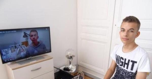 Hugo, 16 ans, obligé de quitter son lycée à cause de son homosexualité