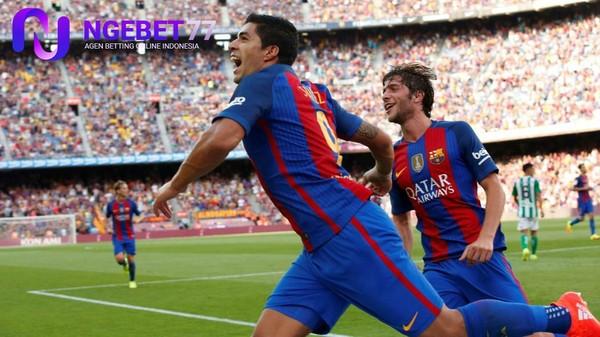 Barcelona Belum Pernah Memperoleh Dua Kartu Merah |