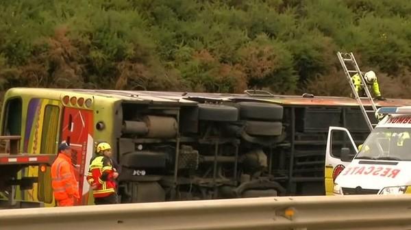 Un bus se renverse au Chili: 6 morts et 40 blessés