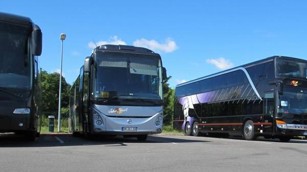 Billy-Montigny - Le bus qui transportait les enfants en classe de neige victime d'une panne sur l'autoroute
