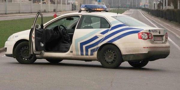 Un automobiliste fonce sur des policiers à Monceau-sur-Sambre