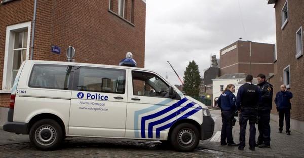 Nivelles: il tente d'assassiner son beau-frère sur un parking d'autoroute