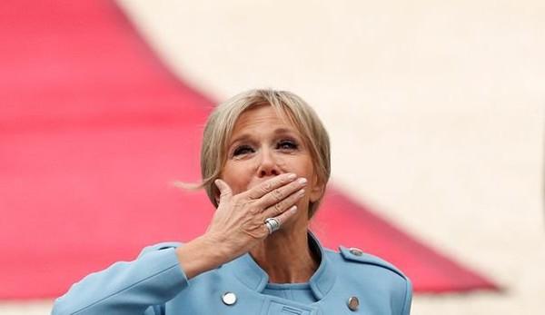 Pour son rôle de première dame, Brigitte Macron aura bientôt un agenda officiel