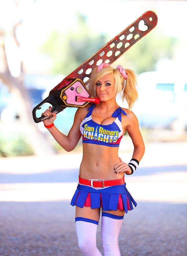 Geektastic Arizona Comic Con 2012 Pictures by Grant Brummett zombie-killing-cheerleader – Geeks are Sexy Technology News