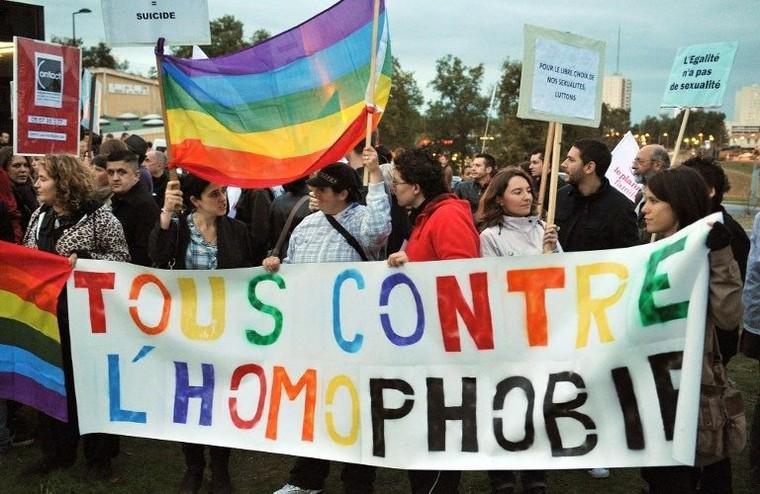 Fortes hausse des actes homophobes en 2013