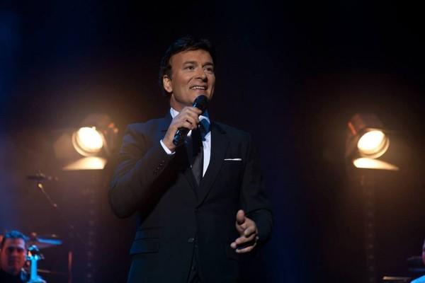 Tony Carreira ao vivo - Artista da Musica Portuguesa