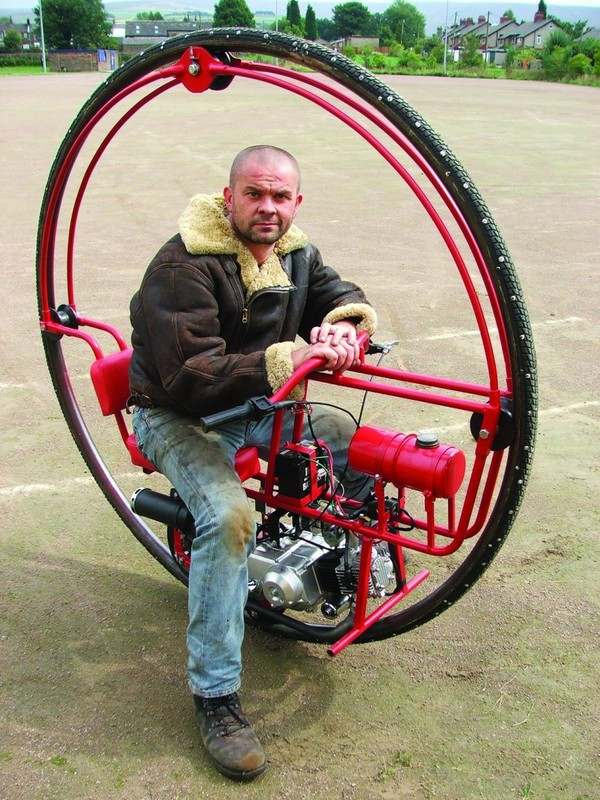 What's Inside: Anatomy of a Monowheel | Make:
