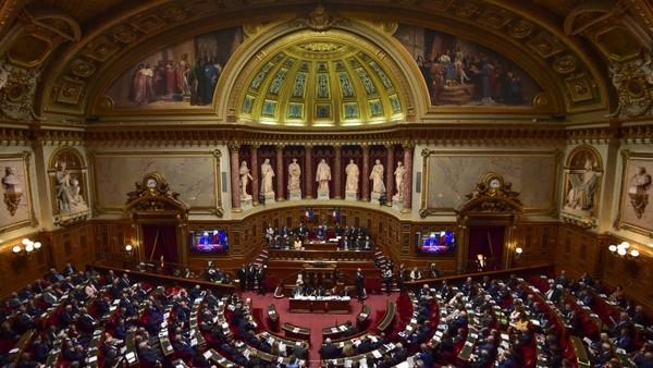 Comment suivre à la trace les activités des lobbies au Parlement ?
