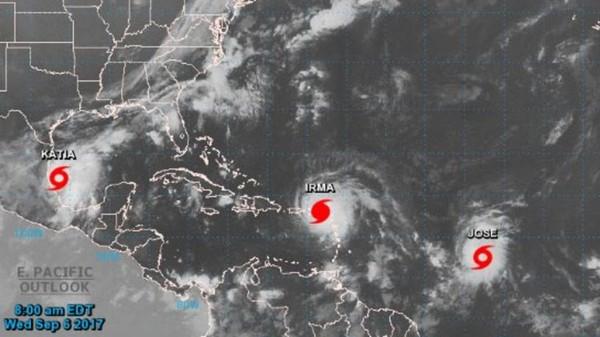 Trois ouragans simultanés dans l'Atlantique